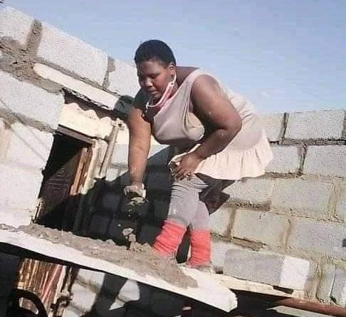 Female Engineer Builds Her House In South Africa